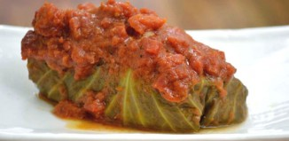 Golabki (Polish Stuffed Cabbage) Recipe from domesticsoul.com